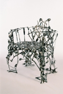 380px-cutlery-chair-01