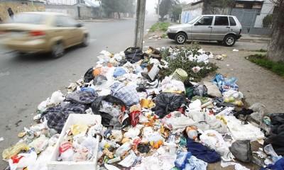 http://elsolonline.com/noticias/view/178599/los-recolectores-de-basura-de-chile-iniciaron-un-paro-por-tiempo-indefinido