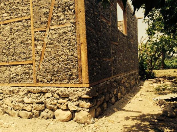 © Reclaiming Heritage | Muro Quincha Madera + Escombros