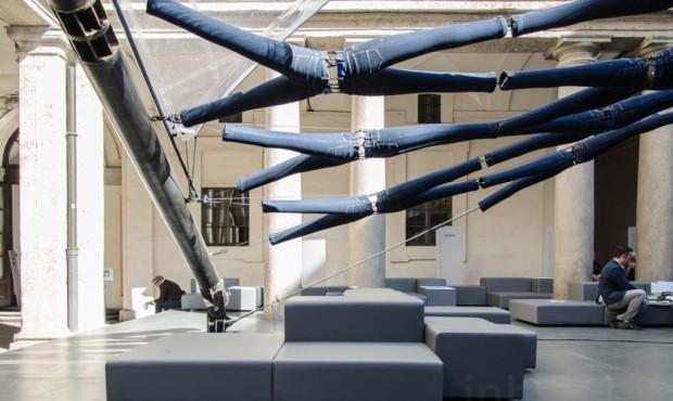 Diller-Scofidio-Renfro-jeans-exhibit-Milan-11-1020x610