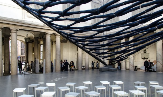 Diller-Scofidio-Renfro-jeans-exhibit-Milan-13-1020x610